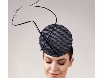 For Sale: Calder Percher - Black & Silver